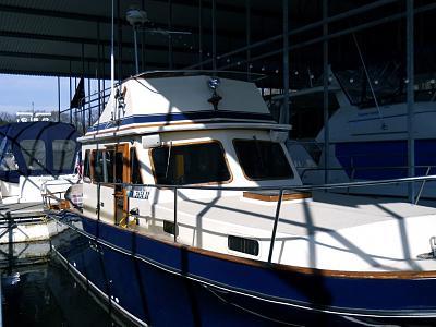 Click image for larger version  Name:boat strbd side.jpg Views:84 Size:164.3 KB ID:4716