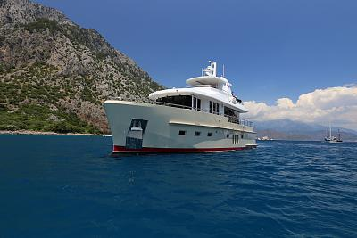 Click image for larger version  Name:Bering 60 cruising 3.jpg Views:1470 Size:105.7 KB ID:47695