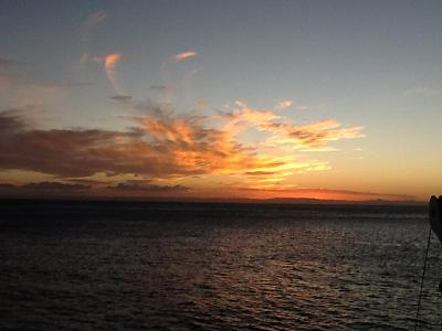 Click image for larger version  Name:island sunset.jpg Views:189 Size:57.4 KB ID:48131