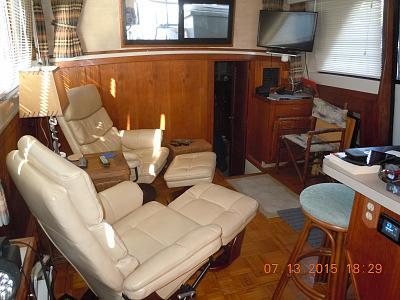 Salon chairs 2.jpg