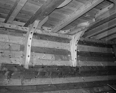 Click image for larger version  Name:deck knees north bay.jpg Views:172 Size:149.5 KB ID:4911