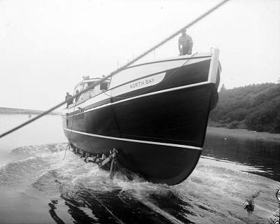 Click image for larger version  Name:north bay 60 ft. side trawler.jpg Views:245 Size:107.9 KB ID:4914