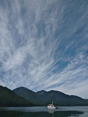 Click image for larger version  Name:Badger & cirrus .jpg Views:55 Size:80.7 KB ID:49433