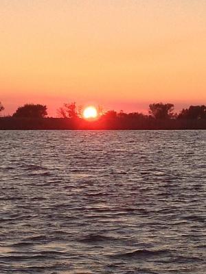 Click image for larger version  Name:BEDROOM 2 sunset.jpg Views:74 Size:105.3 KB ID:49988