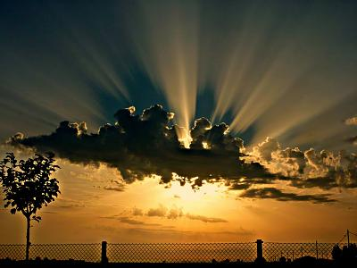 Click image for larger version  Name:Sunrise.jpg Views:89 Size:90.7 KB ID:50049