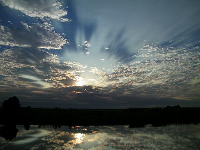 Click image for larger version  Name:9-2-13 Sunrise.jpg Views:76 Size:95.5 KB ID:50058