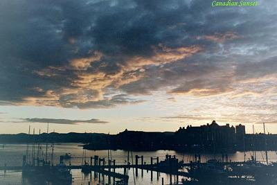 Click image for larger version  Name:canaadian sunset copy.jpg Views:57 Size:78.3 KB ID:5122