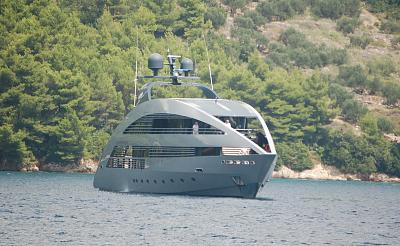 Click image for larger version  Name:Foster yacht.jpg Views:48 Size:143.3 KB ID:51410