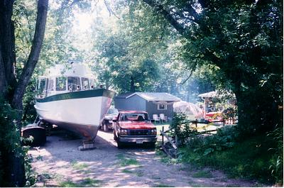 Click image for larger version  Name:BACKYARD BOAT 1.jpg Views:38 Size:169.3 KB ID:51419