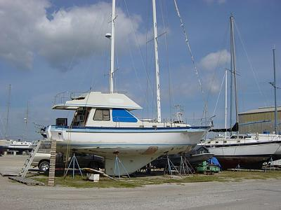 Click image for larger version  Name:sailboat flying bridge 002.jpg Views:80 Size:173.6 KB ID:5171
