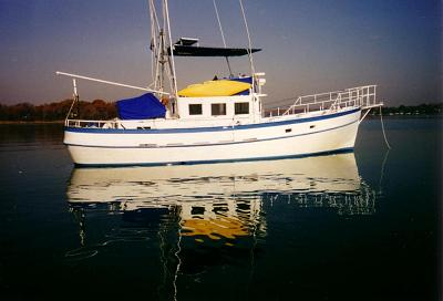 Click image for larger version  Name:boat pic 1.jpg Views:87 Size:68.7 KB ID:541