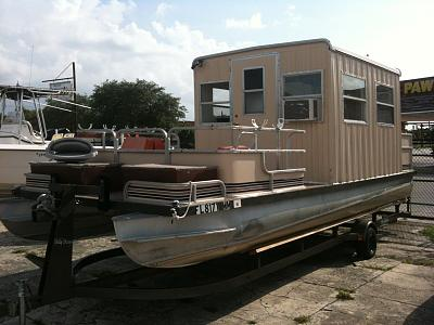 Click image for larger version  Name:Pontoon trawlette.jpg Views:60 Size:118.4 KB ID:54239