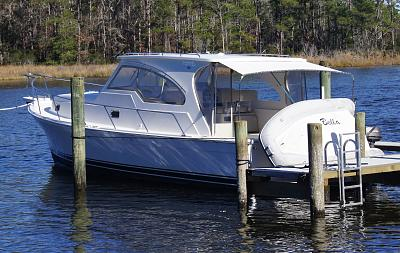Click image for larger version  Name:Bella at our dock.jpg Views:267 Size:167.8 KB ID:54367