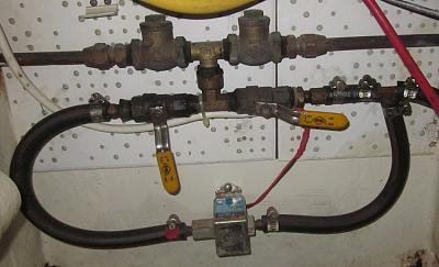 electric fuel pump.jpg