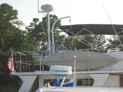 Click image for larger version  Name:2106-08-18 KayakDavit Installed 001.jpg Views:181 Size:105.5 KB ID:59679
