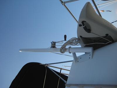 Click image for larger version  Name:2106-08-18 KayakDavit Installed 003.jpg Views:164 Size:55.2 KB ID:59681