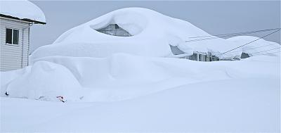 Click image for larger version  Name:neighbours house & snow.jpg Views:134 Size:36.9 KB ID:60265