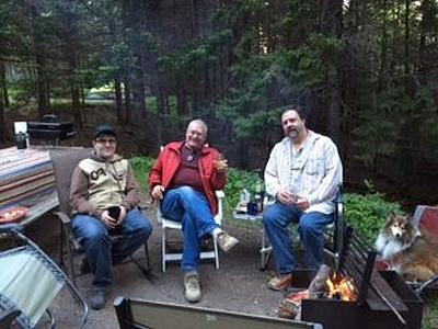 Click image for larger version  Name:Campfire toast at Fundy- bigger.jpg Views:100 Size:73.1 KB ID:61131