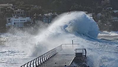 Click image for larger version  Name:swell 2.jpg Views:104 Size:77.1 KB ID:62555