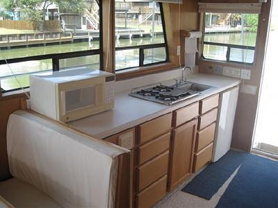 Click image for larger version  Name:Galley.jpg Views:287 Size:45.4 KB ID:63597