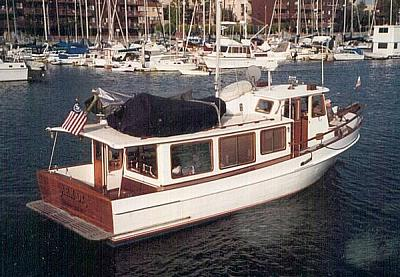 Click image for larger version  Name:AHM OK - STERN VIEW UNDERWAY.jpg Views:59 Size:55.0 KB ID:63813