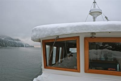 Click image for larger version  Name:Winter wheelhouse.jpg Views:191 Size:73.2 KB ID:64369