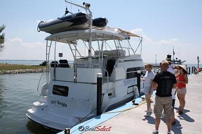 1995-mainship-37-motor-yacht-1.jpg