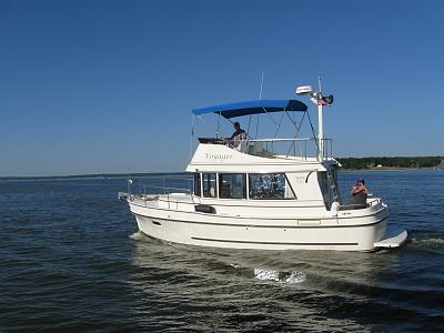 Voyager on the water2.jpg
