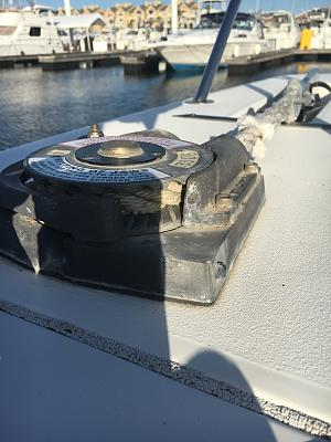 Click image for larger version  Name:Windlass 4.jpg Views:47 Size:92.6 KB ID:65850