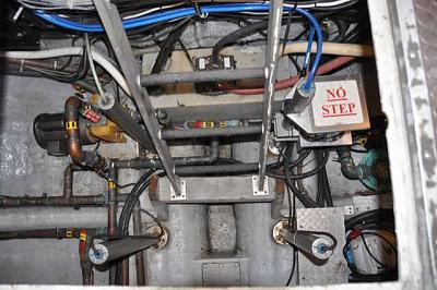 Click image for larger version  Name:CCGV Otter Bay CHS HA 4 transducers.JPG Views:89 Size:35.2 KB ID:66590