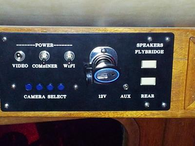 Click image for larger version  Name:FW Switch Panel.jpg Views:153 Size:59.0 KB ID:67483