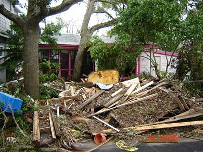 Click image for larger version  Name:hurricane ike 244.jpg Views:75 Size:81.9 KB ID:680