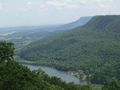Click image for larger version  Name:tennessee river from signal point.jpg Views:76 Size:67.9 KB ID:6860