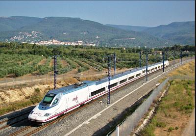 Click image for larger version  Name:Renfe train.jpg Views:103 Size:96.4 KB ID:68778