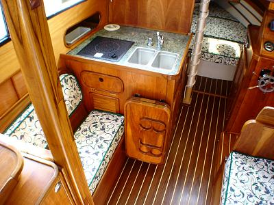 Click image for larger version  Name:finishedgalley.jpg Views:116 Size:155.2 KB ID:70922