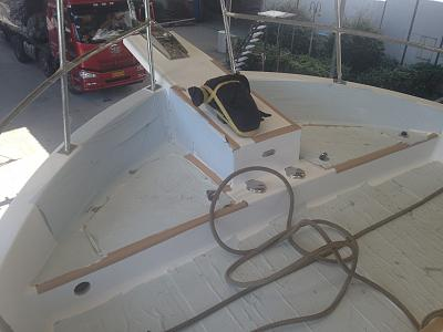 Click image for larger version  Name:Bow Deck Construction.jpg Views:256 Size:91.4 KB ID:71320