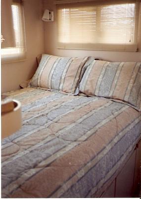 10    bed.jpg
