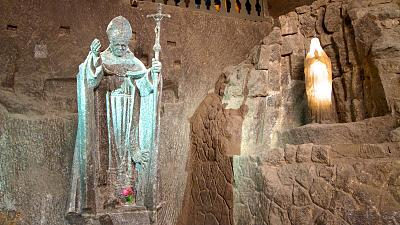 Click image for larger version  Name:57529-Wieliczka-Salt-Mine[1].jpg Views:66 Size:165.6 KB ID:73759