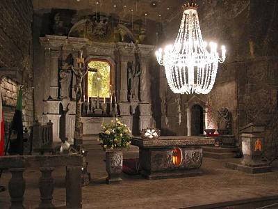 Click image for larger version  Name:Amazing-Inside-View-Of-The-Wieliczka-Salt-Mine-In-Cracow-Poland[1].jpg Views:63 Size:88.9 KB ID:73819