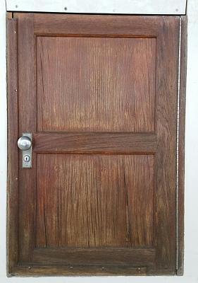Click image for larger version  Name:Aft Cabin Door.jpg Views:91 Size:98.2 KB ID:75268