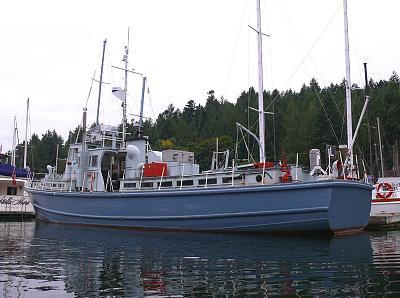 crew boat 2.jpg