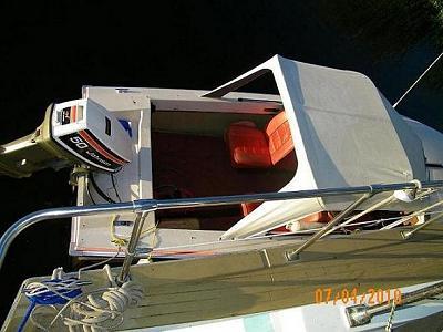 Click image for larger version  Name:Downsize Crestliner 100_0441.JPG Views:79 Size:53.8 KB ID:76282