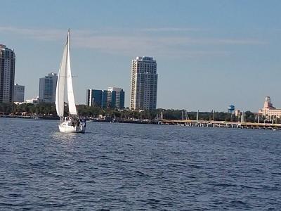 Click image for larger version  Name:sailing tampa bay.jpg Views:163 Size:113.2 KB ID:77390