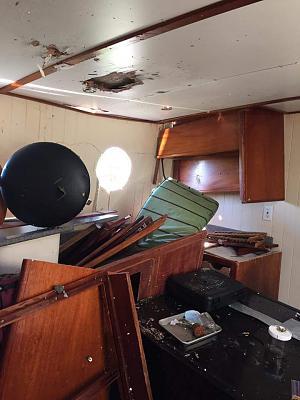 Click image for larger version  Name:Esmeralda Galley Aft Damage.jpg Views:167 Size:59.0 KB ID:79147