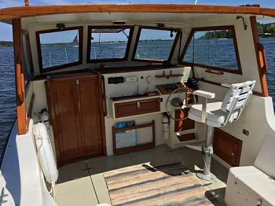 Click image for larger version  Name:BOAT19.jpg Views:247 Size:40.1 KB ID:79364
