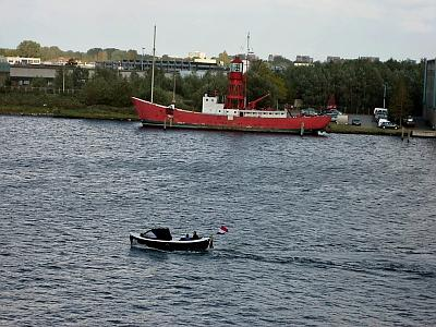 Click image for larger version  Name:small belgium boat.jpg Views:93 Size:155.6 KB ID:8049