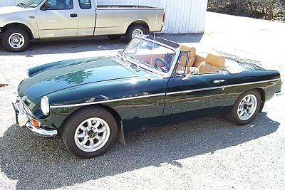 Click image for larger version  Name:my mgb.jpg Views:74 Size:88.8 KB ID:8140