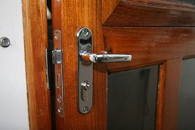 Click image for larger version  Name:Door latch exterior.jpg Views:70 Size:88.1 KB ID:83594