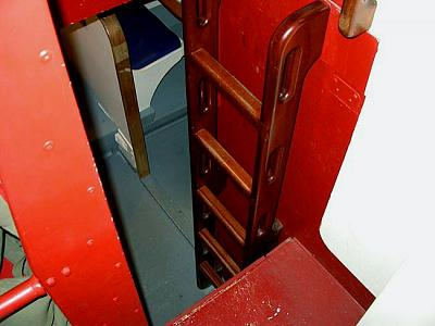 Click image for larger version  Name:012 laddertolowerdeck.jpg Views:184 Size:59.5 KB ID:8473