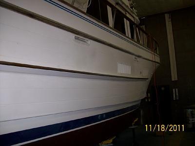 fender board on starboard side completed.jpg